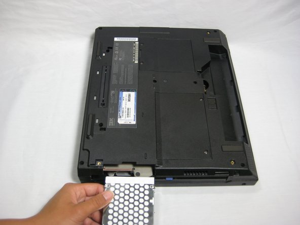 Disassembling IBM ThinkPad A30 Hard Drive