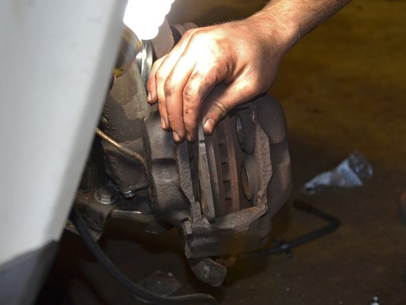 1986-1993 Volvo 240 Front Brake Pads Replacement