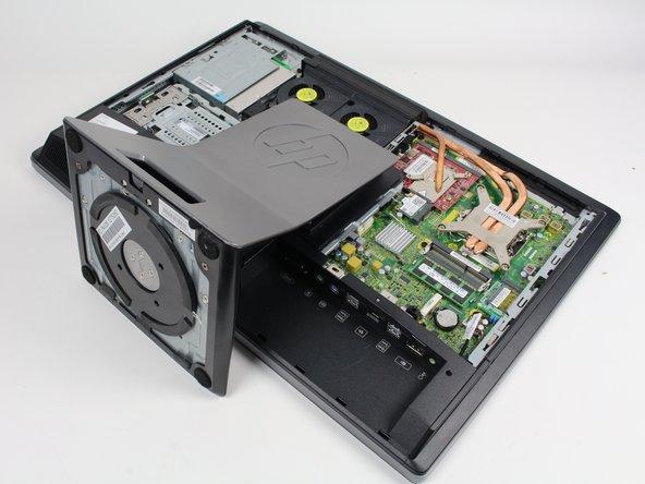 HP EliteOne 800 G1 Extracción del soporte de repuesto