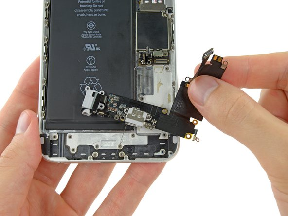 iPhone 6 Plus  lightning接口和耳机插孔排线更换