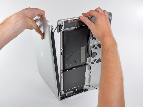 MacBook Pro (15 Zoll, Mitte 2012, Unibody) oberes Gehäuse austauschen