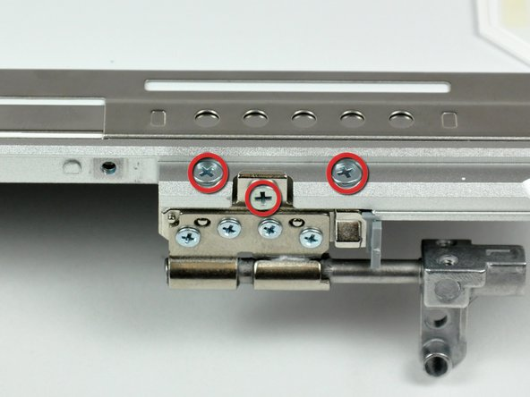 "PowerBook G4 Aluminum 15"" 1-1.5 GHz Left Clutch Hinge Replacement"
