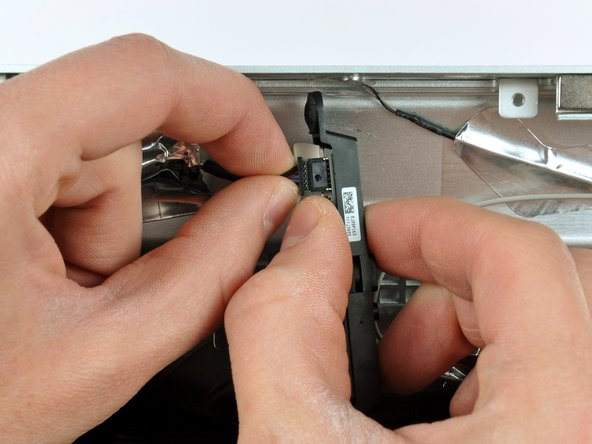 iMac Intel 27インチ EMC 2429のカメラボードの交換