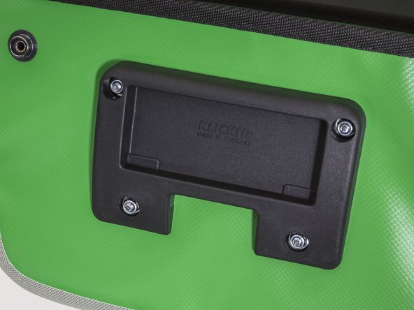 How do I replace the Klickfix mounting plate on my Aqua Box?