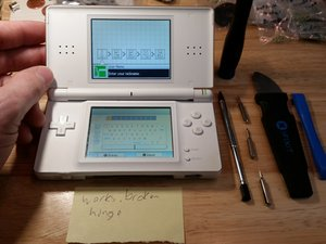 Nintendo DS Lite Disassembly