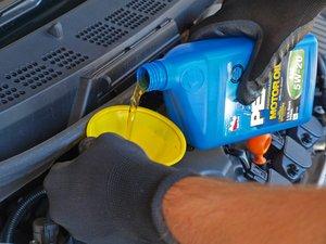 Cambio de aceite de Honda Civic 2006-2011 (1.8L)