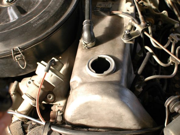 Mercedes W123 Basic Diesel Blow-by Test Technique