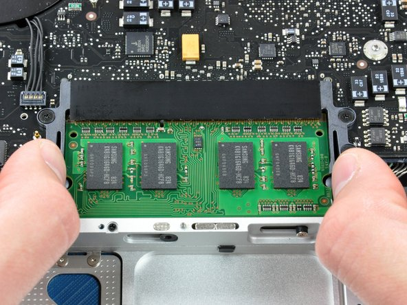 MacBook Unibody Model A1278 RAM Replacement