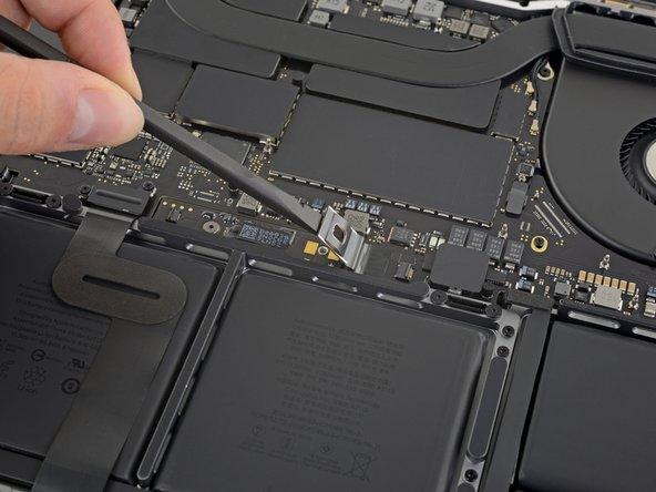 MacBook Pro 16インチ 2019 バッテリー接続の外し方