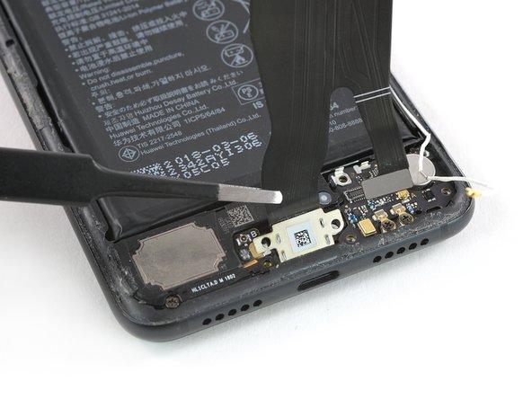 Reemplazo del cable de interconexión con puerto de carga del Huawei P20 Pro
