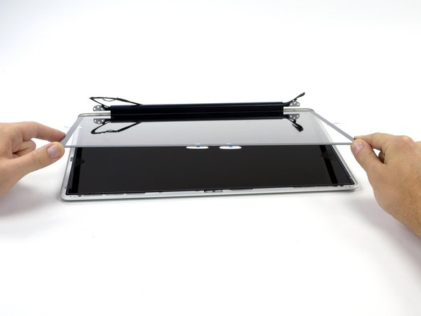 """MacBook Pro 17"""" Unibody Front Display Glass Replacement"""