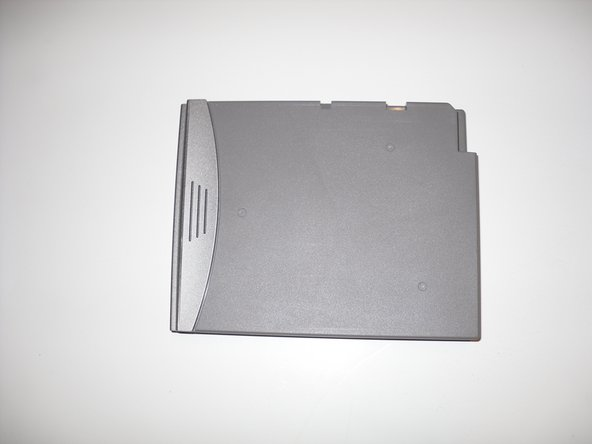 Removing Dell Inspiron 1150 Battery