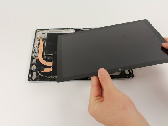 Remove the screen from the rest of the device .