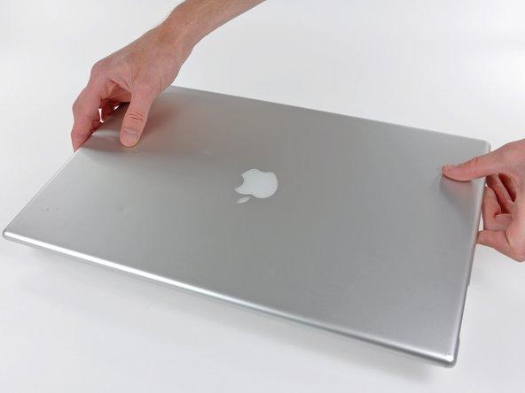 "Installing PowerBook G4 Aluminum 17"" 1-1.67 GHz Rear Display Bezel"
