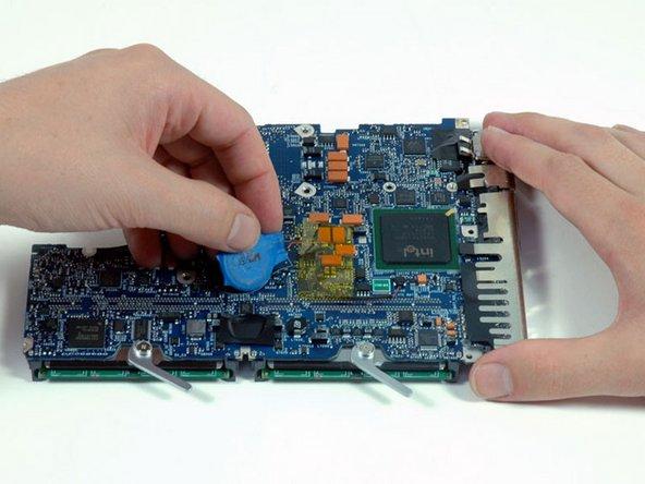 MacBook Core Duo PRAM Battery Replacement
