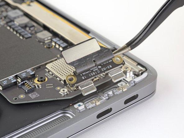 """MacBook Air 13"""" Retina Display Late 2018 USB-C Board Replacement"""