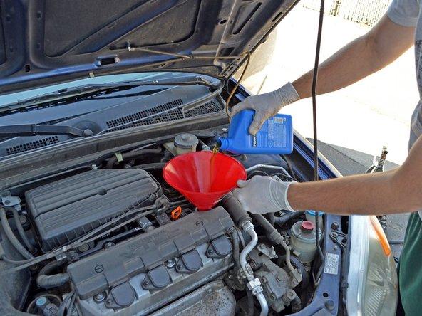 Vidange de l'huile moteur d'une Honda Civic 2001 - 2005