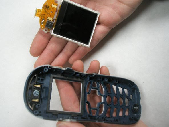 Disassembling Motorola i265 LCD Screen