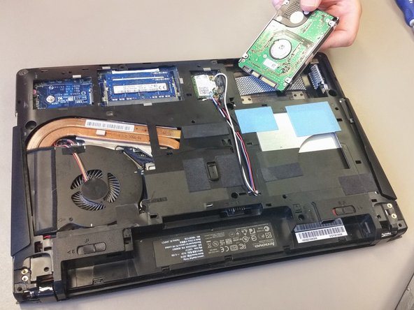 Lenovo Y410P Hard Drive/SSD Replacement