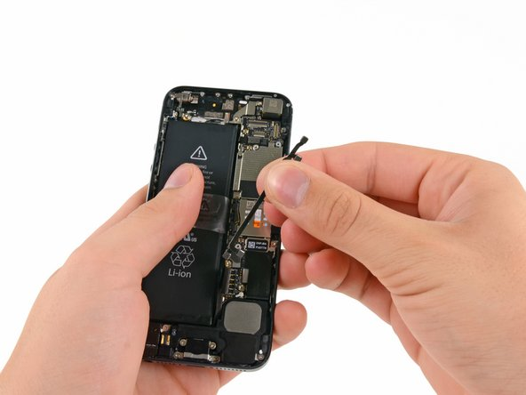 iPhone 5 Interconnect Cables Replacement