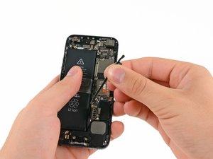 Sostituzione del cavo interconnect in un iPhone 5