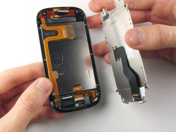 Disassembling Motorola Cliq LCD Shield Plate