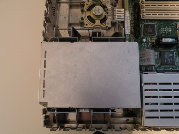 Disassembling Macintosh IIsi Floppy Drive