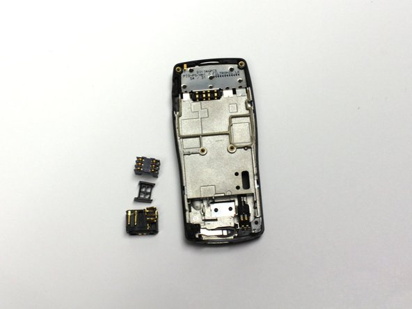 Dissasembling Nokia 8290 Charging Port
