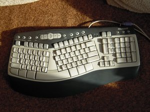 Microsoft Natural Multimedia Keyboard disassembly and cleaning
