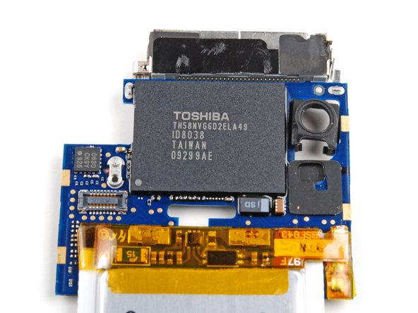 In our iPod, Toshiba is the source for the 8 GB of flash memory. On the chip: