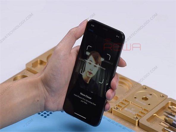当设置面容ID时,手机一直提示说:请抬高一点,或降低一点。