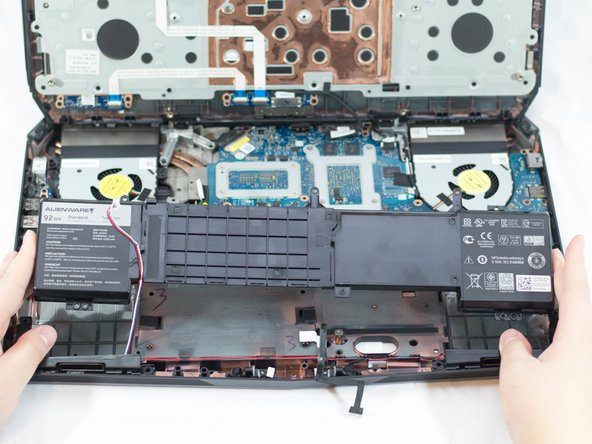Alienware 17 R3 Battery Replacement