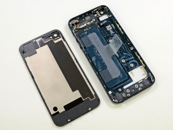 Even with several components remaining, the back case is impressively light.