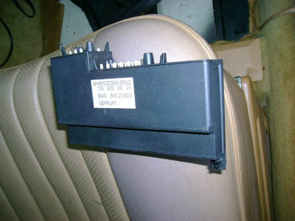 Mercedes W123  disable security alarm