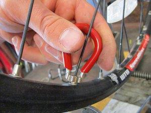 Repairing 2006 Iron Horse Warrior Wheel