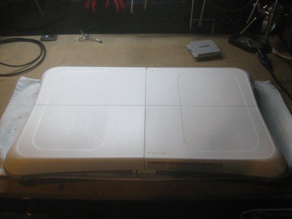 Disassembling Wii Balance Board