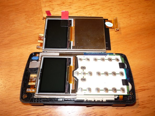 The cover can be snapped apart in a similar fashion to the bottom case.
