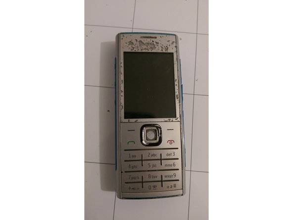 it's a cheap low-end Music Phone