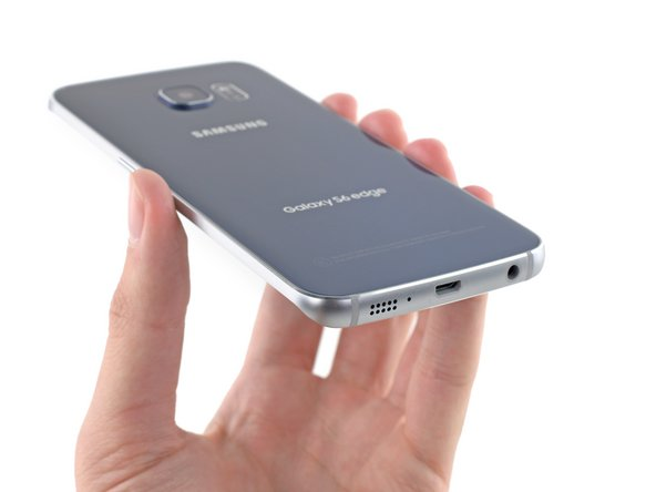 Living on the edge of the new Galaxy are the phone's speaker and microphone, as well as the audio jack and USB 2.0 port.