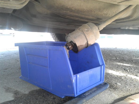 1997-2003 pontiac grand prix gt fuel filter replacement (1997, 1998, 1999,  2000, 2001, 2002, 2003) - ifixit repair guide  ifixit