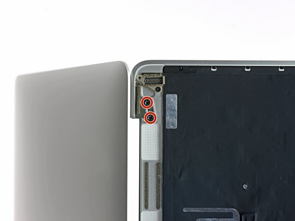 Remove the four 4.8 mm T8 Torx screws securing the display hinges.