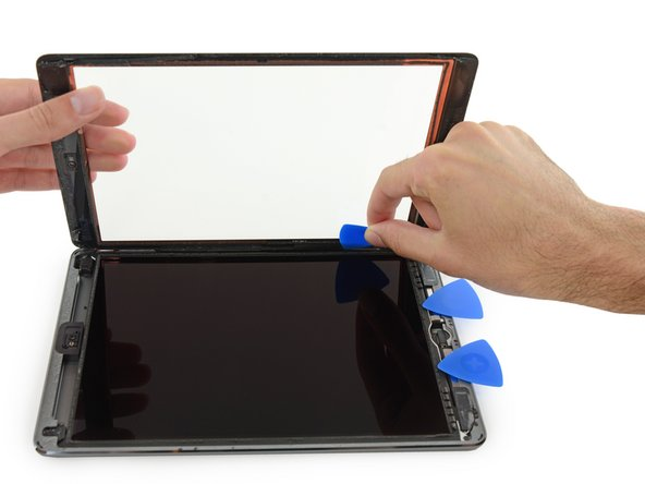 Remplacement du panneau frontal de l'iPad Air WiFi