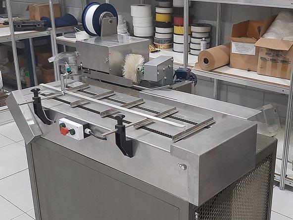 A fitilhadora MF 2700A é uma das fitilhadoras automáticas mais praticas do mercado