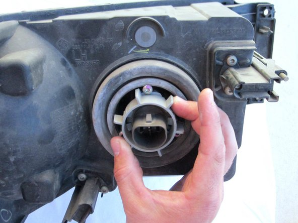 Dodge Ram 1500 Headlight Bulb Replacement