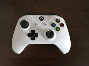 How to Xbox One Wireless Controller Model 1708