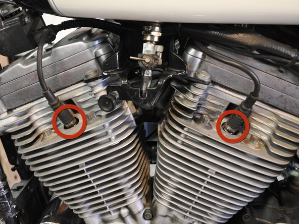 Harley-Davidson Sportster Evolution Spark Plugs Replacement