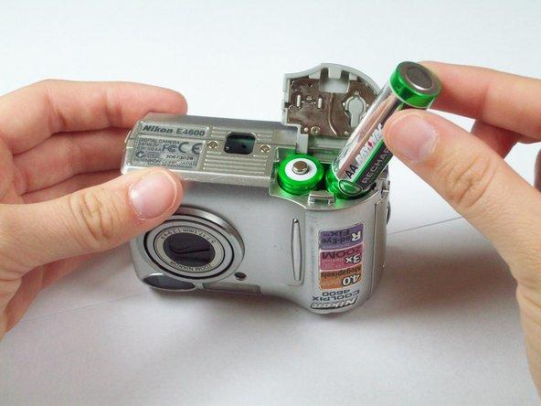 Batteries in Nikon Coolpix 4600 Replacement