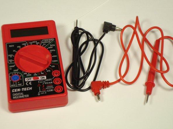 Comment contrôler le voltage de la batterie d'un Sony Ericsson W200i