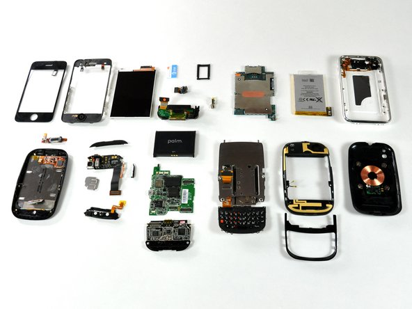 Component comparison between the iPhone and the Palm Pre.