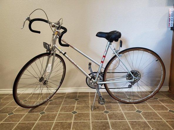 1982 Schwinn World Sport Bicycle Rear Wheel Tube Replacement